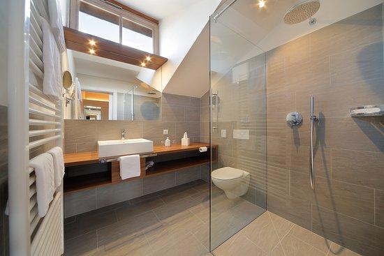 Hotel Appartment Krone: Badezimmer