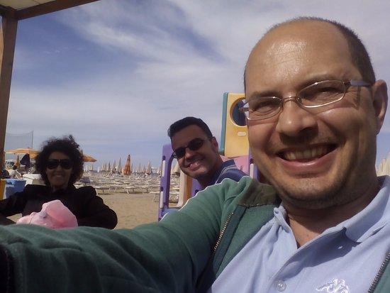 Bagno Mediterraneo Pinarella : Bagno sole pinarella ristorante recensioni numero di telefono