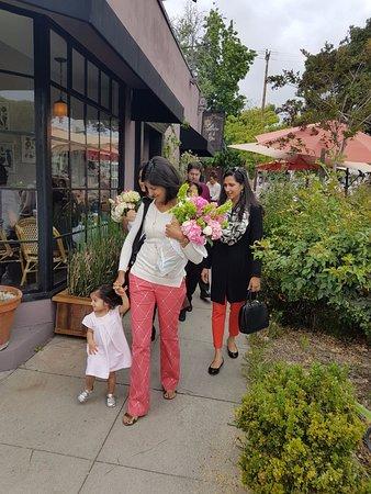 South Pasadena, CA: Flowers for mums
