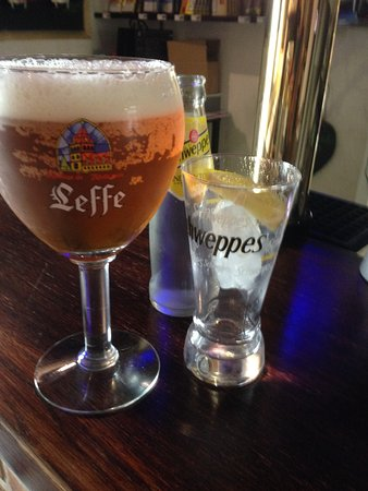 Saint-Brice, France: Local beers on offer