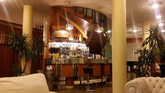 Hotel Welcome: Bar della hall