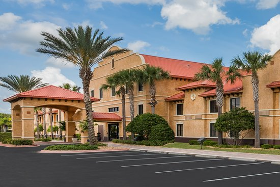 Destination Daytona Hotel & Suites