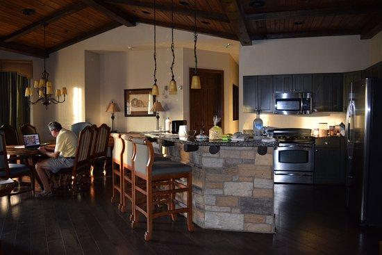 2nd Room Picture Of Wyndham Vacation Resorts Glacier Canyon Lake Delton Tripadvisor