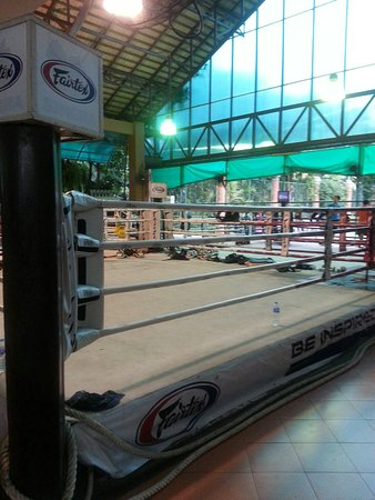 Fairtex Sports Club Hotel: 20160831_210241_large.jpg