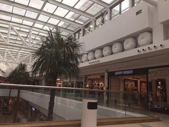 Centro Comercial Miramar. Fuengirola. Málaga - Picture of Centro Comercial Miramar, Fuengirola ...