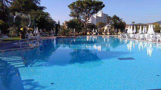 Hotel Terme Tritone Thermae & Spa: una delle due piscine esterne riscaldate