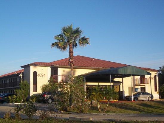 Magnuson Hotel Kissimmee Maingate