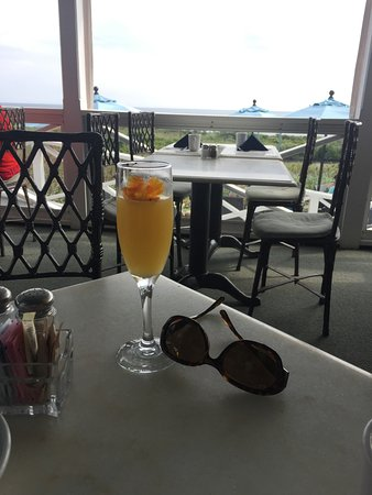 The 1661 Inn: Edible flowers and bottomless mimosas are included with your breakfast