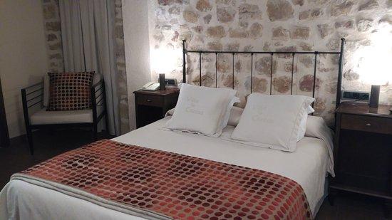 Cretas, Ισπανία: Cama muy cómoda