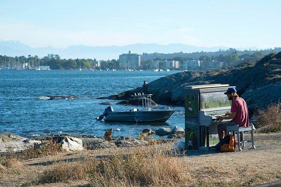 Oak Bay, Kanada: Piano au bout de la plage