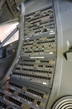 Mukilteo, WA: 副駕駛位後的控制板