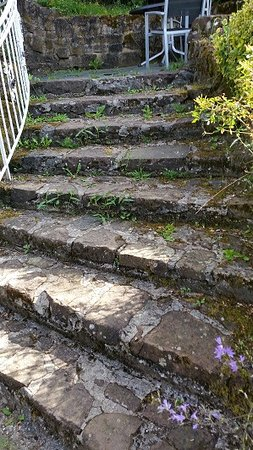 Eisenschmitt, Jerman: Treppe zum Zimmer (ungepflegter geht's kaum)