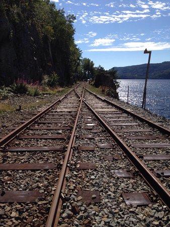 Flekkefjord, Noruega: Un pò faticoso ma davvero ne vale la pena!! Troppo bello e divertente! Nelle gallerie fa freddo,