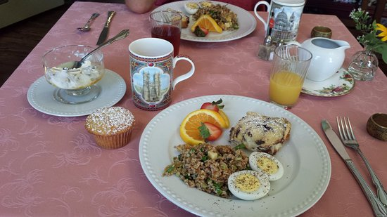 Mooring B&B: Second morning breakfast, so healthy and delicious!