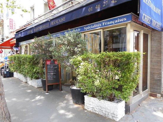 le restaurant picture of chez michel paris tripadvisor. Black Bedroom Furniture Sets. Home Design Ideas