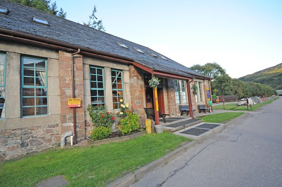 Kinlochleven, UK: front view