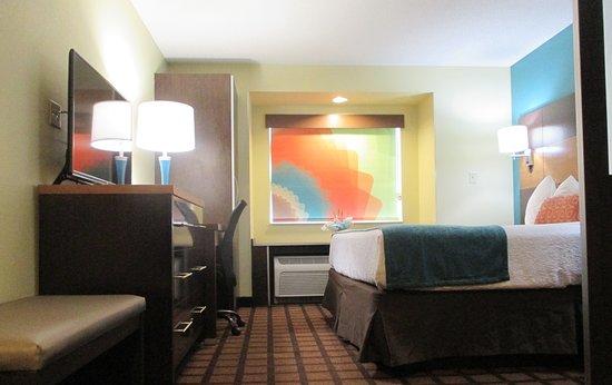 Enola, Pensilvania: Guest Suite
