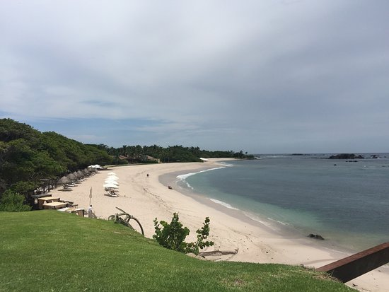 Four Seasons Resort Punta Mita: Beach fun!!!