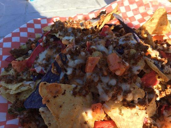 Eagle's Nest Marine Pub: nachos