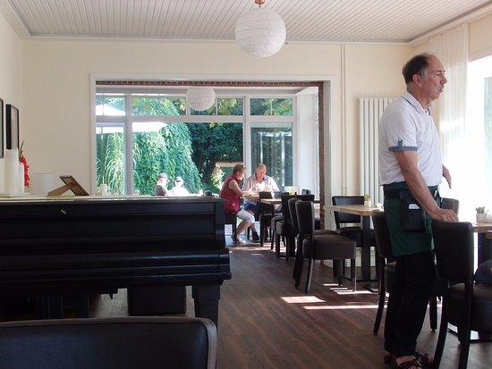 """Wremen, Alemania: Der Flügel und der """"Pianist"""""""