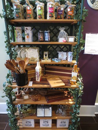 Lynchburg, VA: Assorted flavored pastas and wood works.  More oil and vinegar accessories.