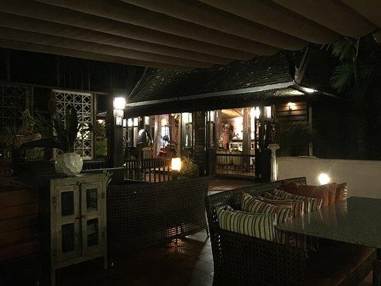 Saraphi, Thailand: Ristorante