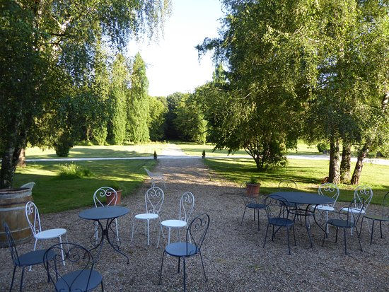Truyes, France: Rear garden with tables and chairs set for canapes