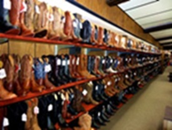 Wayland, MI: LARGEST INVENTORY OF COWBOY BOOTS IN MICHIGAN!