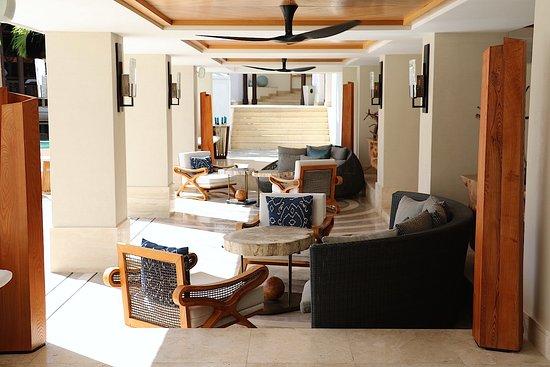 Shangri-La's Le Touessrok Resort & Spa, Mauritius: The reception