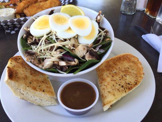 Ladner, Canada: Spinach Salad
