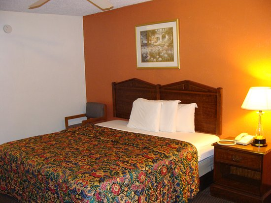 Hico, TX: Single King Room