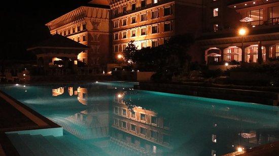 Hyatt Regency Kathmandu: L'eau de la piscine est chauffée bien sûr!