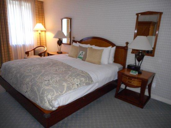 The Orchard Hotel Aufnahme