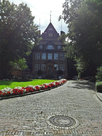 Schloss Ritzebüttel: 20160831_144956_Richtone(HDR)_large.jpg