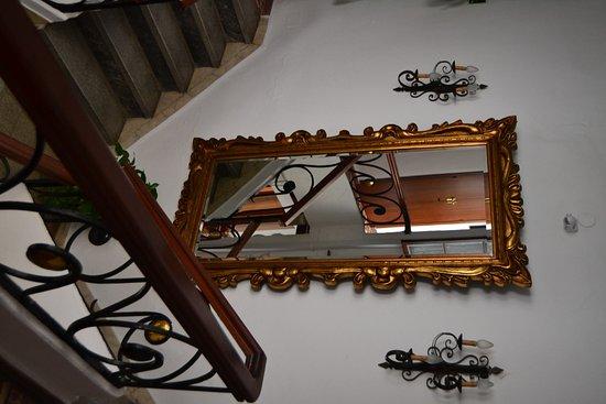 Hostal El Pilar: Patio intérieur