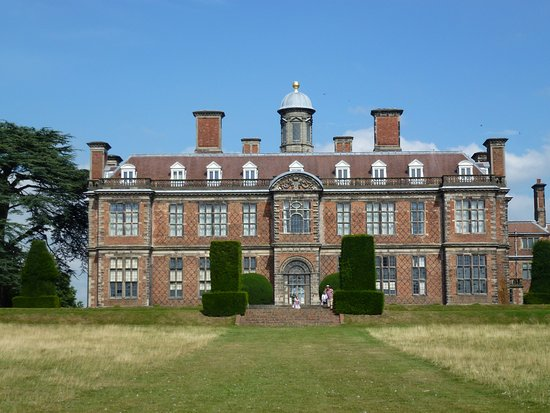 Ashbourne, UK: SUDBURY HALL - MAIN BUILDING