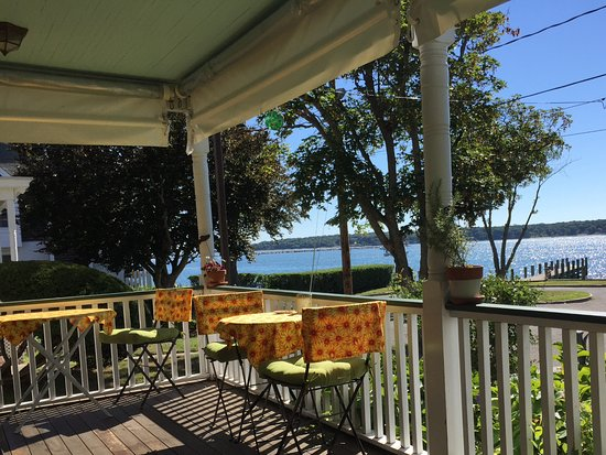 ‪‪Greenport‬, نيويورك: View from front porch- our favorite spot for breakfast‬