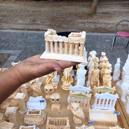 O&B Athens Boutique Hotel: wandering a nearby flea market