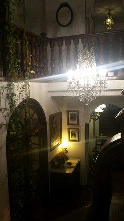 Hotel San Gabriel: 20160830_214350_large.jpg