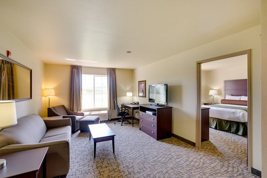 Cobblestone Inn and Suites Clintonville, WI: Extended Stay Suite