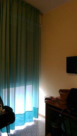 Diva Hotel: IMAG1545_large.jpg