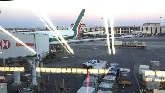 Alitalia Photo
