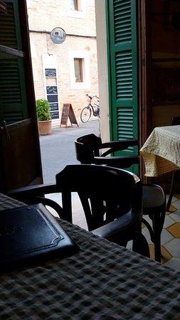 Es Llombards, İspanya: 20160831_200511_large.jpg