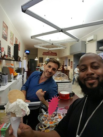 First day in Italy and already found some of the best gelato in Rome thanks buddy will be back e
