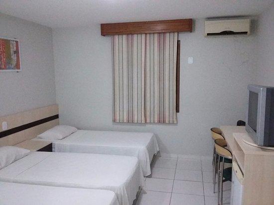 Portobello Park Hotel : Foto do apartamento. Pena que não dá pra ilustrar o cheiro ruim.
