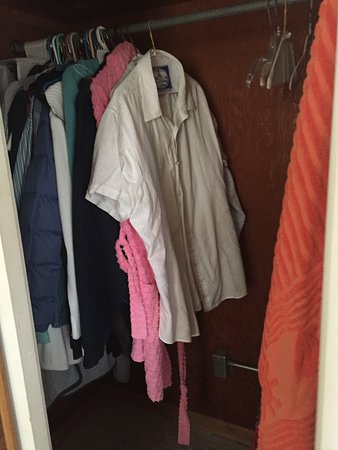 Sawyer, MI: closet filled with owner's belongings