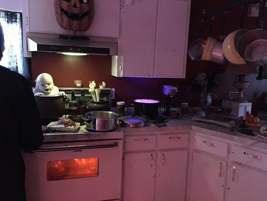 Haunted Mansion: photo3.jpg
