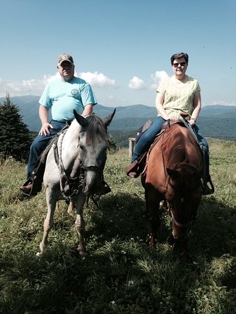 Elk Mountain Riding Company