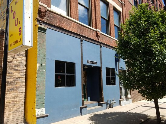 Photo of Pub Moneygun at 660 W Lake Street, Chicago, IL 60661, United States