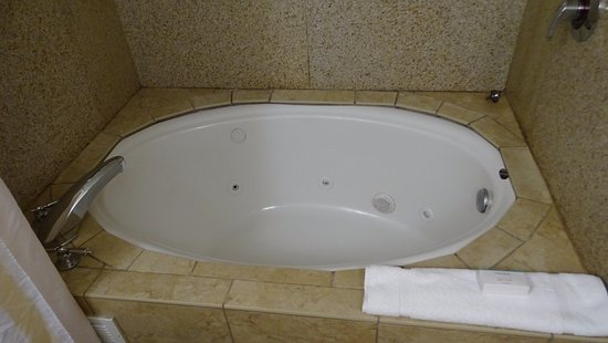 The Whirlpool Tub Picture Of Hilton Garden Inn Roanoke Rapids